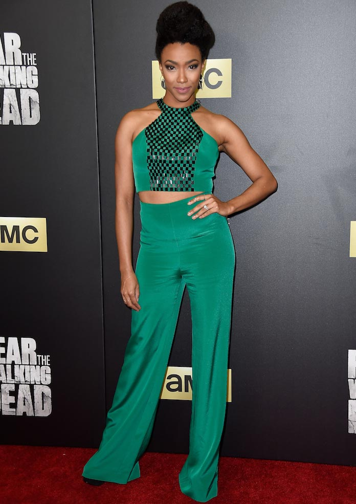 Sonequa Martin-Green Looked Glam At 'Fear The Walking Dead' Premiere