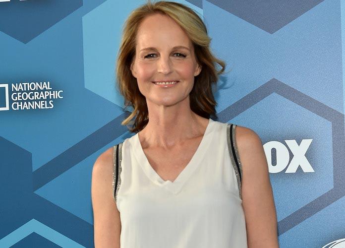 Helen Hunt Mistaken For Jodie Foster At A Starbucks