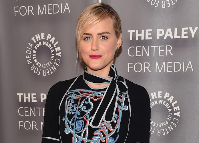 Taylor Schilling Confirms She's Single After Rumored Romance With Carrie Brownstein