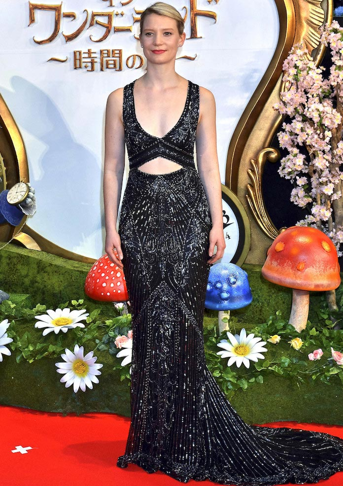 Mia Wasikowska Dazzled In Cavalli Couture At 'Alice Through The Looking Glass' Tokyo Premiere