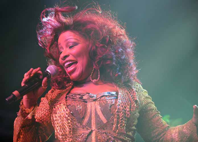 Chaka Khan Participates In #Dubchallenge By Sharing Photos On Instagram And Twitter