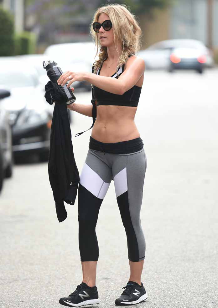 Get The Look Julianne Hough S Workout Wardrobe Uinterview