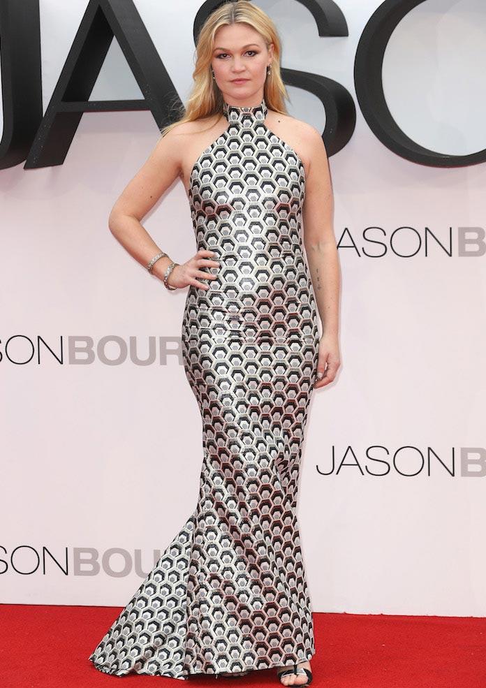 Julia Stiles Rocks Rubin Singer To Jason Bourne London Premiere