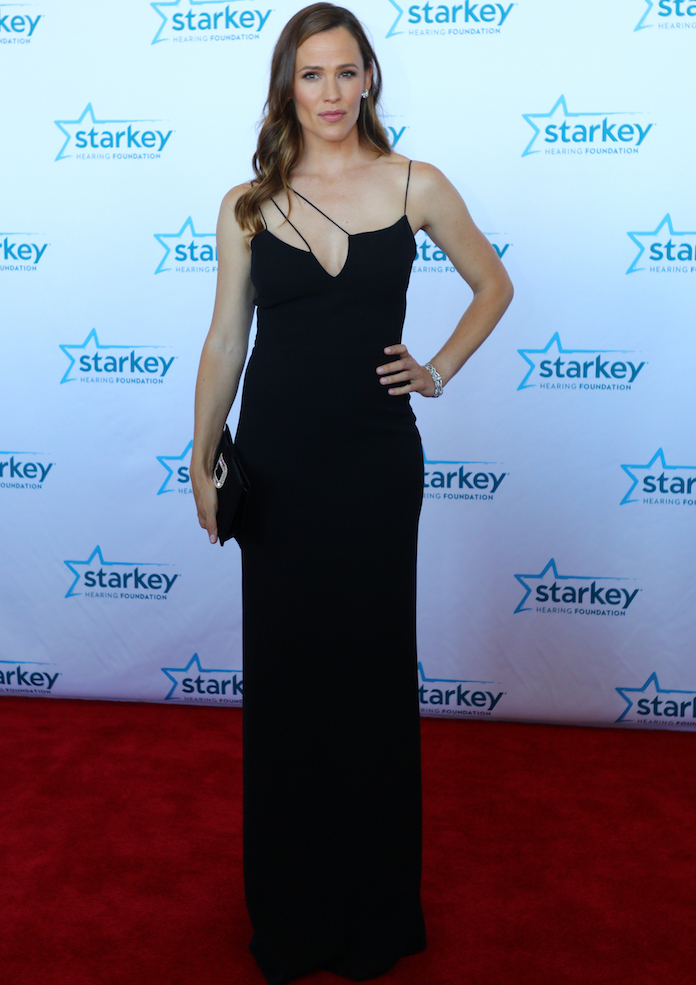 Jennifer Garner Wows In Victoria Beckham Gown At Starkey Hearing Foundation Gala