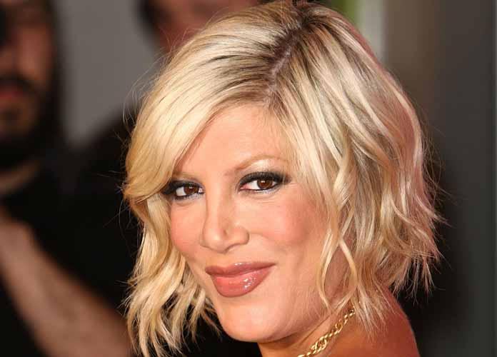 "Tori Spelling Says Her Toddler Son Was ""Stabbed"" By Nails At The Four Seasons Hotel"