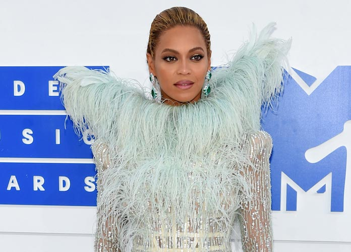 2017 Grammy Nominations: Beyoncé Leads With 9 [FULL LIST]