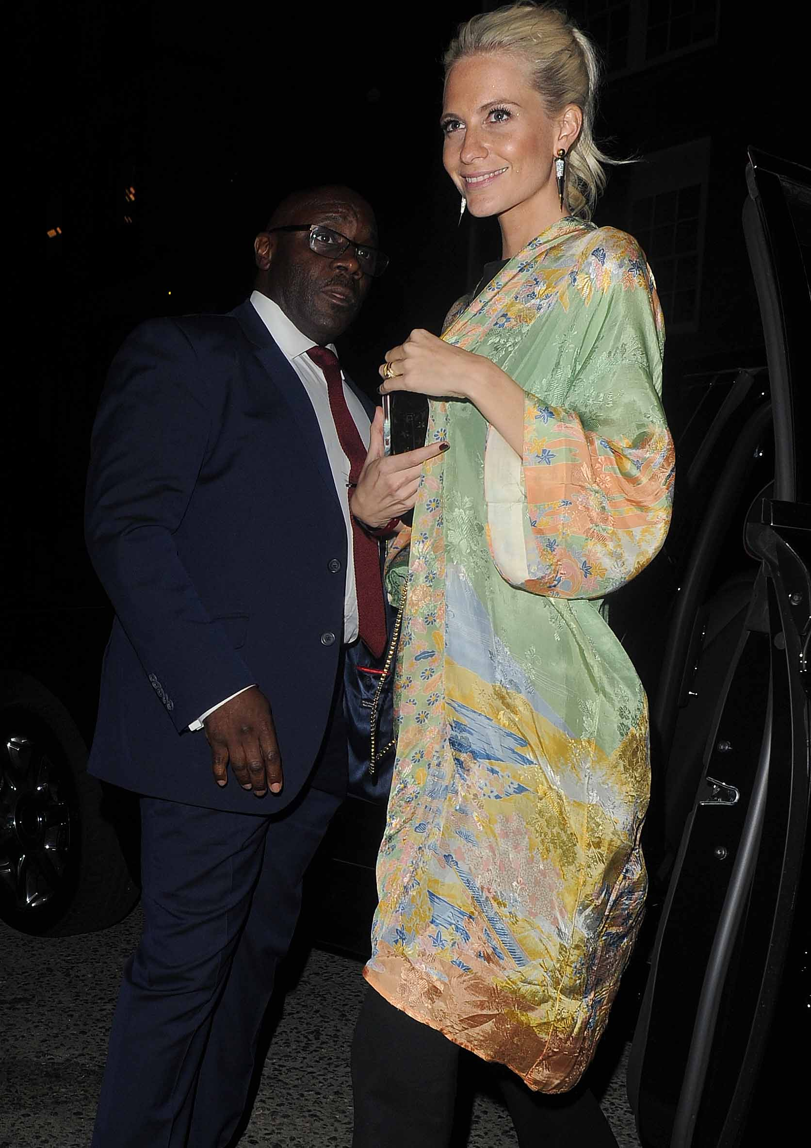 Get The Look: Poppy Delevingne's Pretty In Pastels Kimono Duster