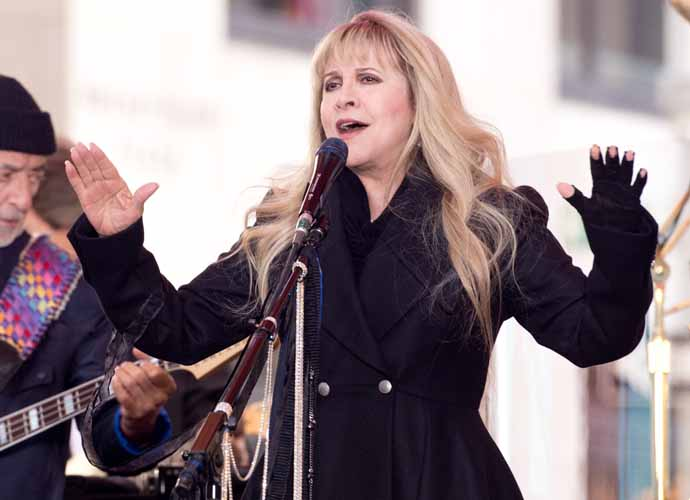 Lindsey Buckingham Blames Stevie Nicks For Firing Him From Fleetwood Mac
