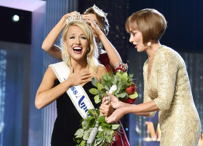Miss America 2017: Miss Arkansas Savvy Shields Crowned The Winner