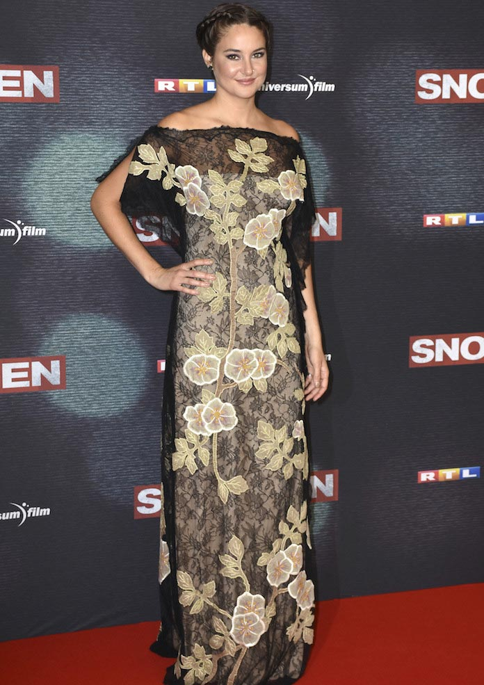 Shailene Woodley Looks Chic In Valentino Gown At 'Snowden' Premiere