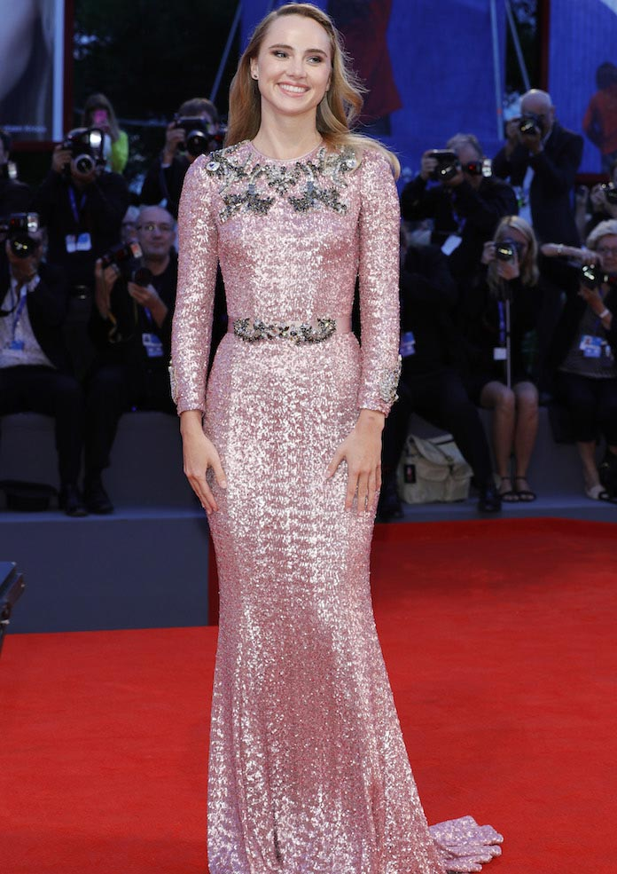 Suki Waterhouse Dons Dolce & Gabbana For 'The Bad Batch' Premiere At Venice