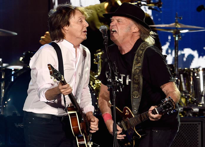 Paul McCartney And Neil Young Rocked The Show At Desert Trip Concert