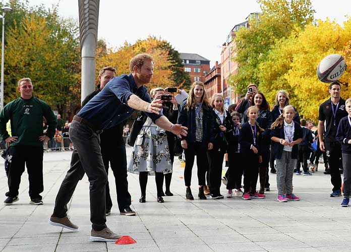 Prince Harry Mobbed By Fans During Nottingham Visit