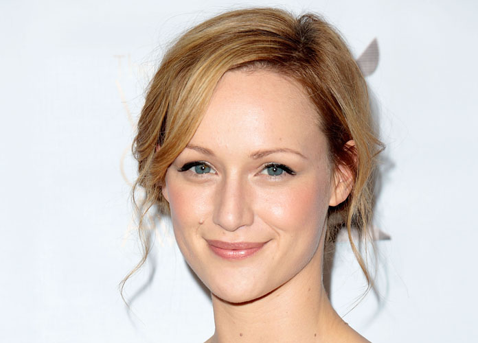 Kerry Bishé Bio: In Her Own Words – Video Exclusive, News, Photos