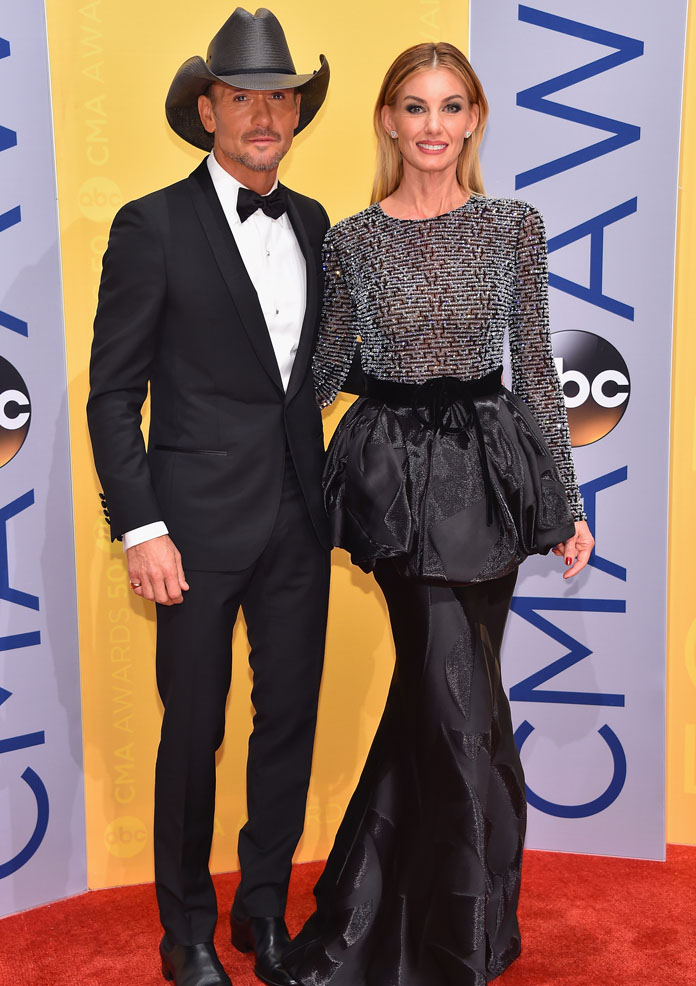 NASHVILLE, TN - NOVEMBER 02: Tim McGraw and Faith Hill attend the 50th annual CMA Awards at the Bridgestone Arena on November 2, 2016 in Nashville, Tennessee. (Photo by Michael Loccisano/Getty Images)