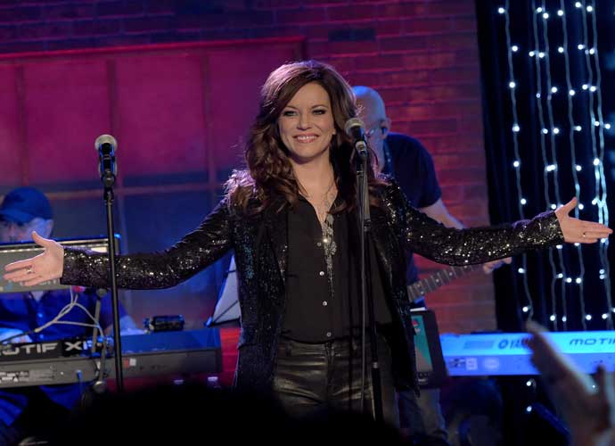 "Martina McBride Praises Billy Gilman For His Rendition Of ""Anyway"" On 'The Voice'"