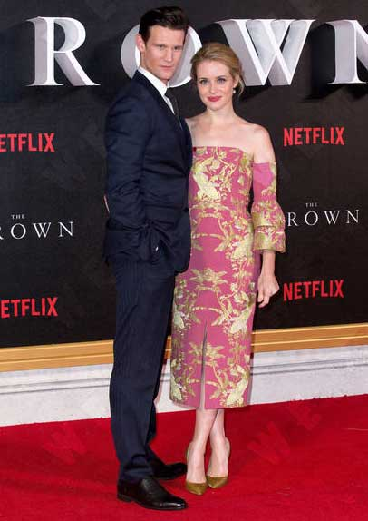 Claire Foy & Matt Smith Own The Red Carpet At 'The Crown' Premiere