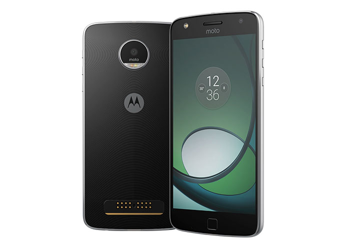 Moto Z Play Review: A Superb Mid-Range Phone