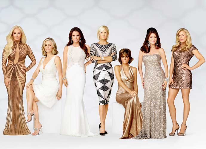"'The Real Housewives of Beverly Hills' Season 7, Episode 16 Recap: ""Big Buddha Brawl"""