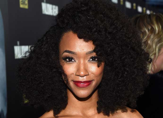 Sonequa Martin-Green, 'The Walking Dead' Star, To Helm New CBS 'Star Trek' Series