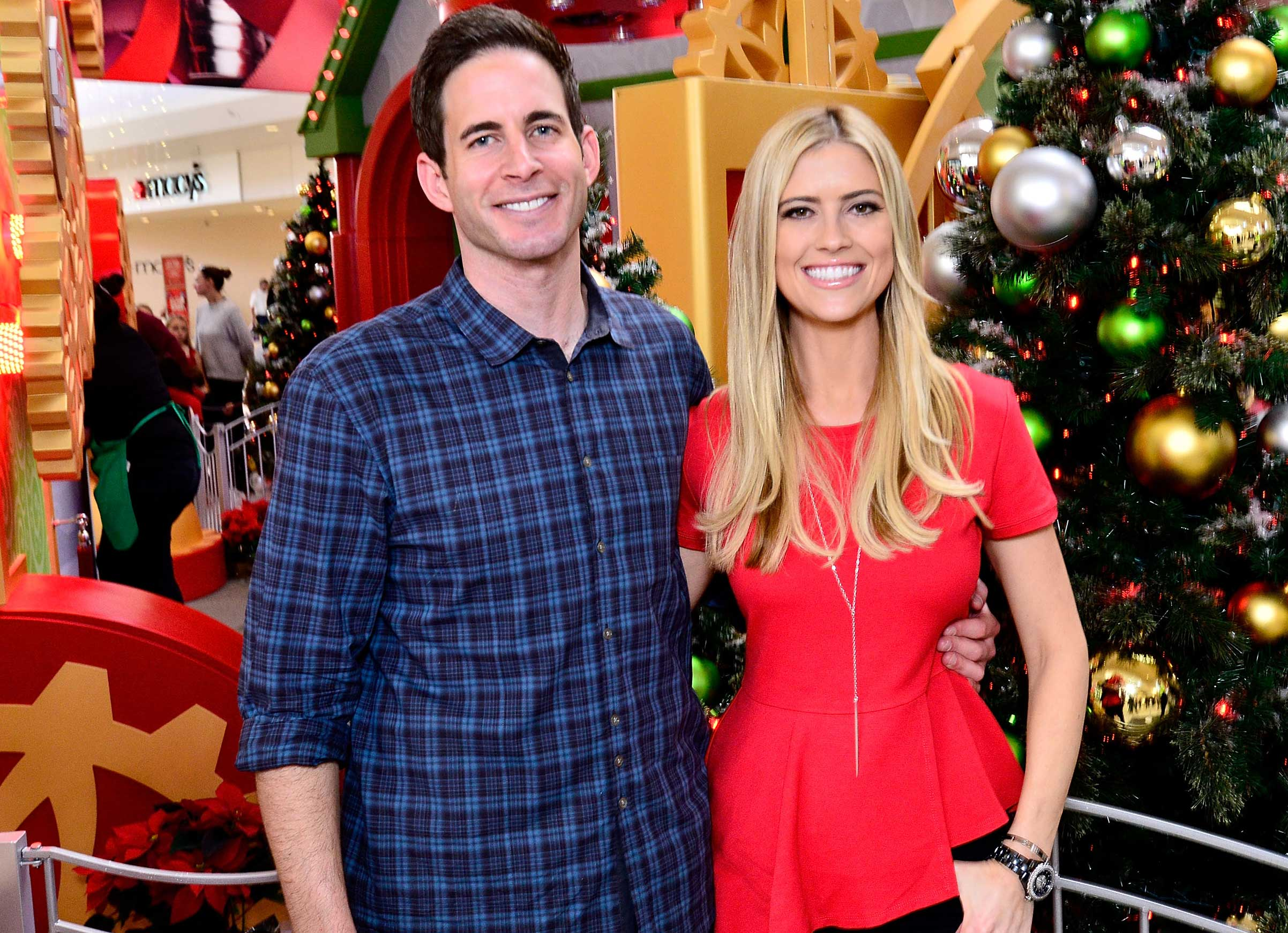 Who is the flip or flop girl dating