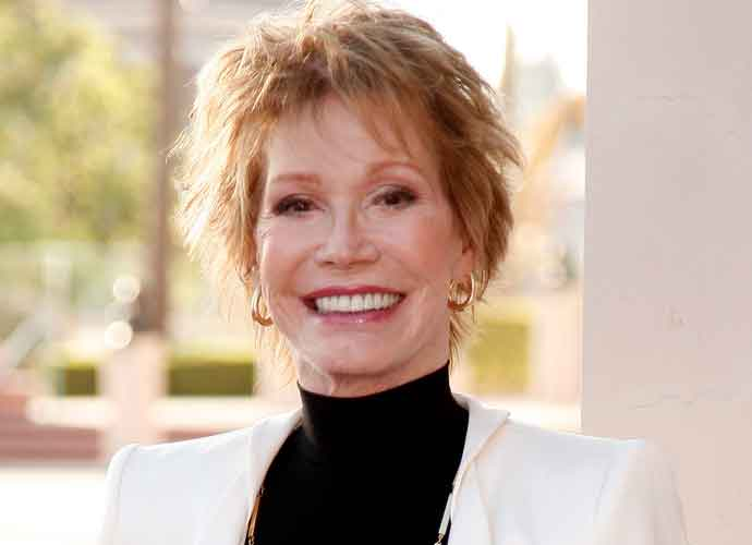 Mary Tyler Moore, Acting Legend, Dies At Age 80