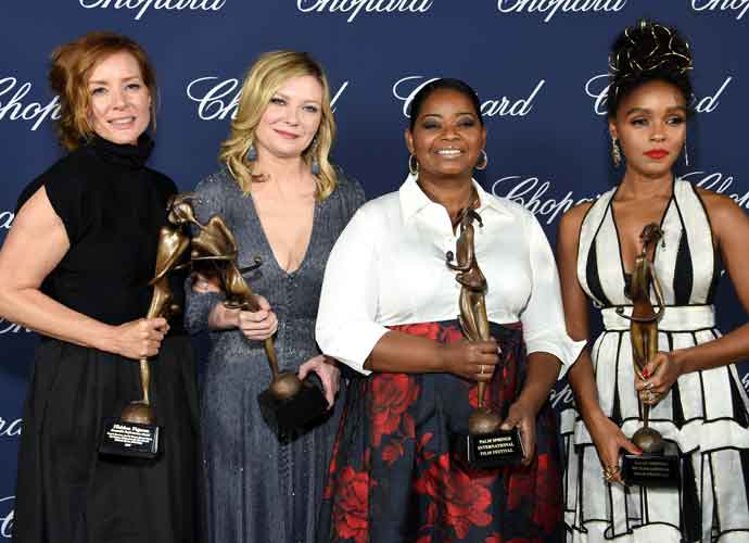 Cast Of 'Hidden Figures' Pose With Ensemble Performance Award At Palm Springs International Film Festival
