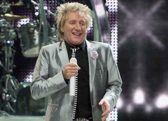Rod Stewart Reveals Secret 3-Year Battle With Prostate Cancer