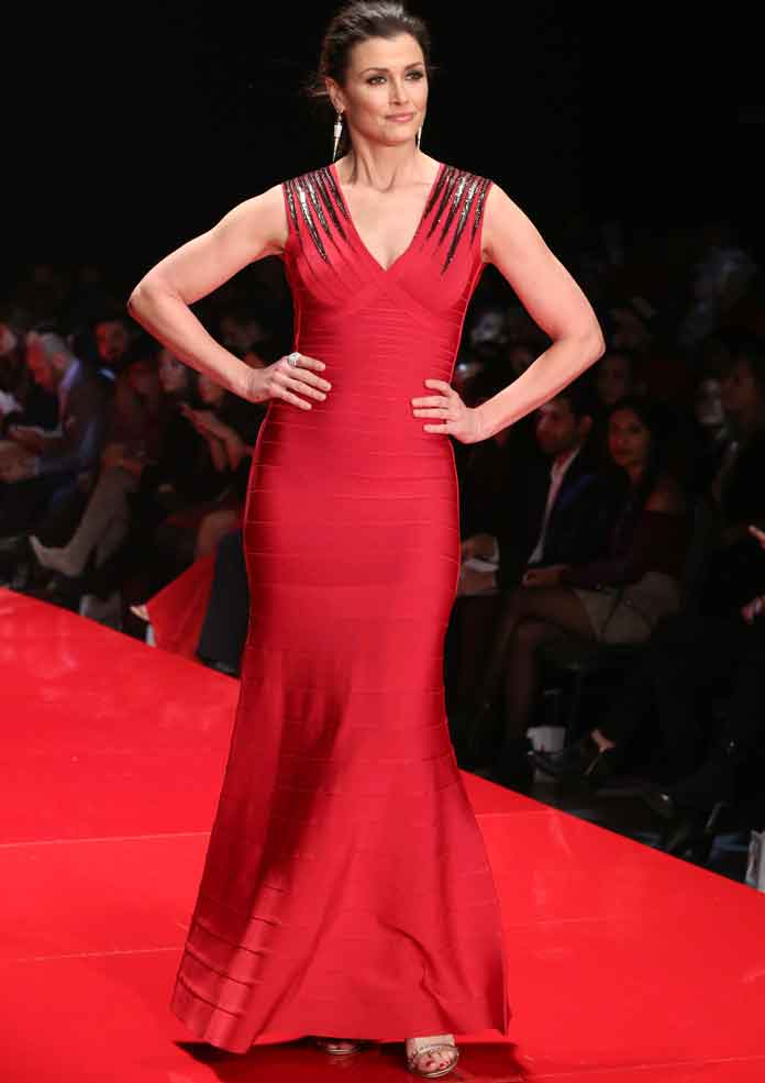 Get The Look Go Red 2017 Bridget Moynahan S Herve Leger