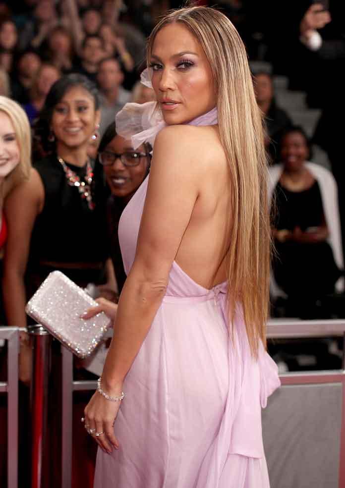 Shakira & Jennifer Lopez Headline Super Bowl LIV Halftime Show: Start Time, Lineup & Surprise Guests