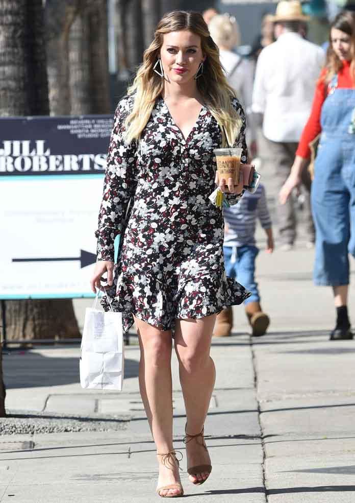 Ask Hilary Where Can I Find Kirstie Allsopp S Dress: Hillary Duff Grabs Coffee Wearing Cute Veronica Beard