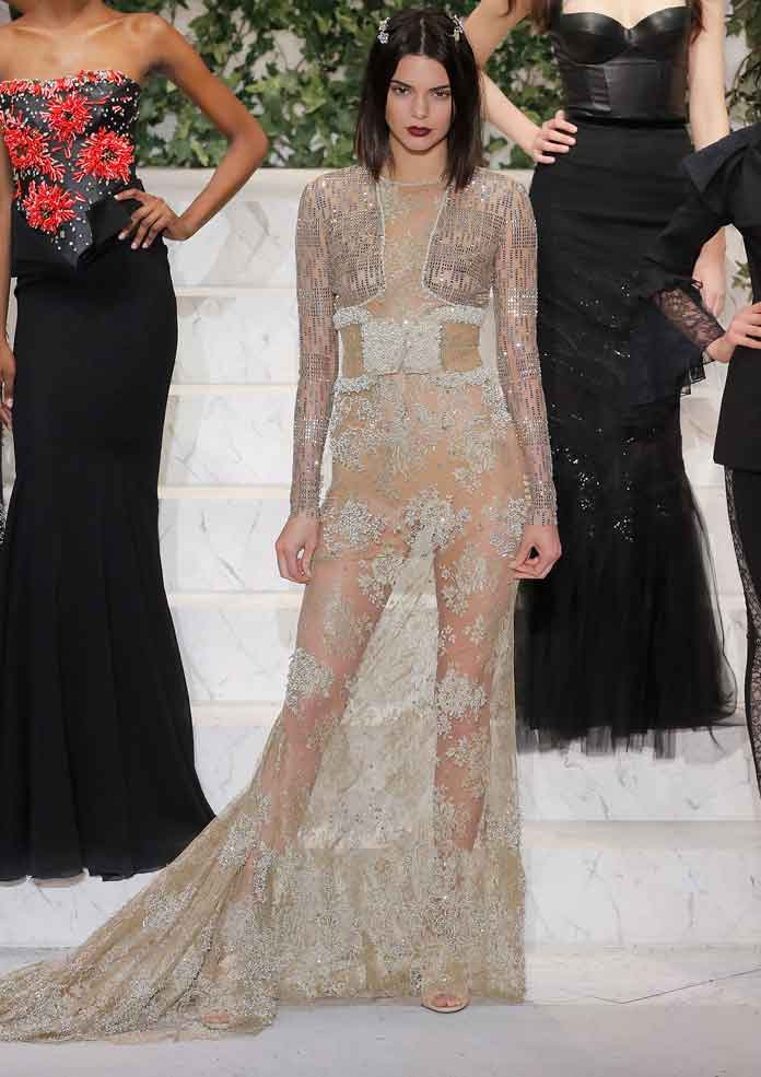 Kendall Jenner Goes Braless At La Perla NYFW Show |
