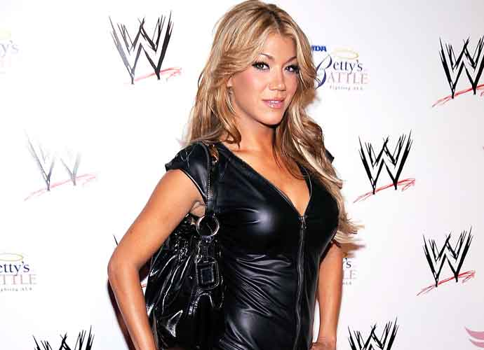 Rosa Mendes Retires From WWE, Focuses On New Family