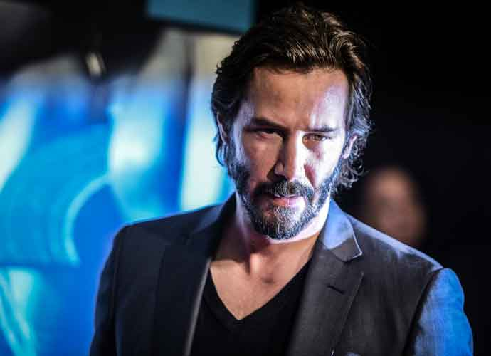 Keanu Reeves Reveals New Film 'Replicas' Trailer At New York Comic Con 2017
