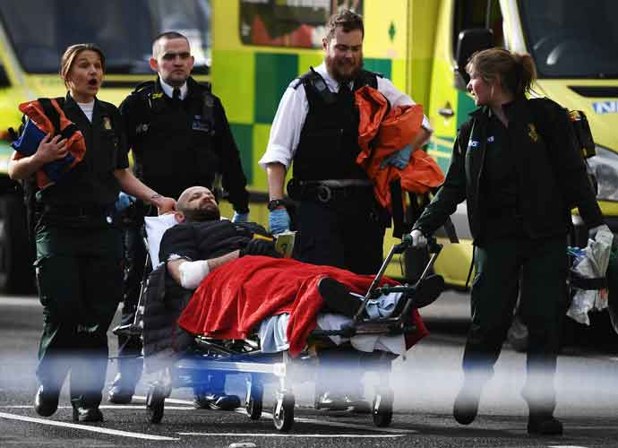 "Four Dead, Officer Stabbed In London ""Terrorist"" Attack Near Parliament [PHOTOS]"