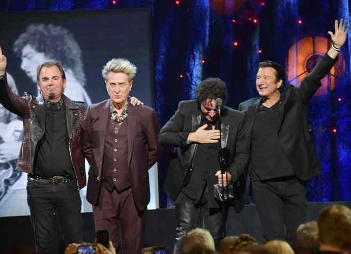 Steve Perry Reunites With Journey At Rock And Roll Hall Of Fame But Doesn't Sing