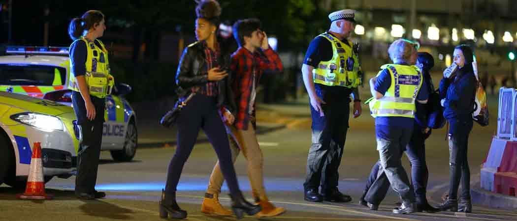 Ariana Grande Concert Terrorist Attack: 19 Dead, 50 Injured, Suicide Bomber Suspected [VIDEO FOOTAGE]