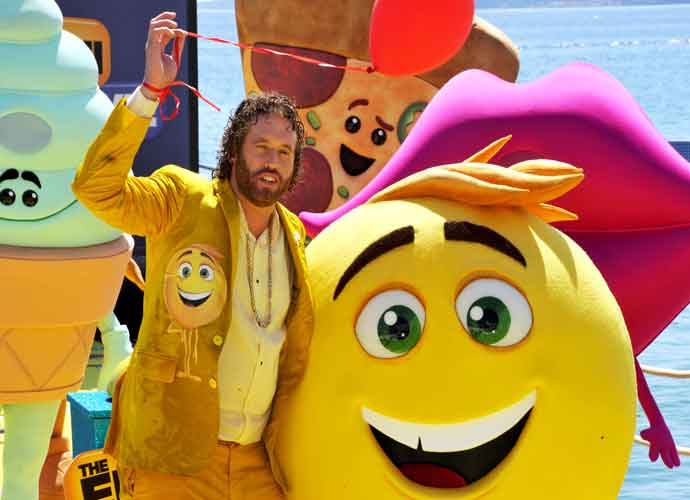 'The Emoji Movie' Review Round Up: Critics Say 'Meh' To Animated Comedy