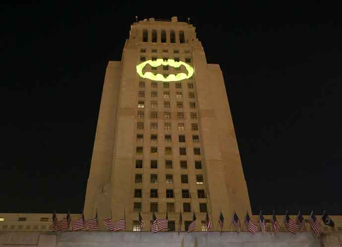 Los Angeles Honors Adam West With Bat Signal On City Hall