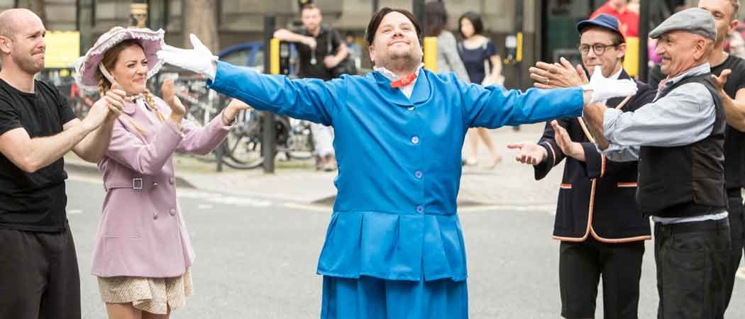 James Corden Stops London Traffic To Film Scenes From 'Mary Poppins'