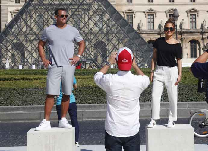 Jennifer Lopez & Alex Rodriguez Enjoy Lavish Trip To  Paris