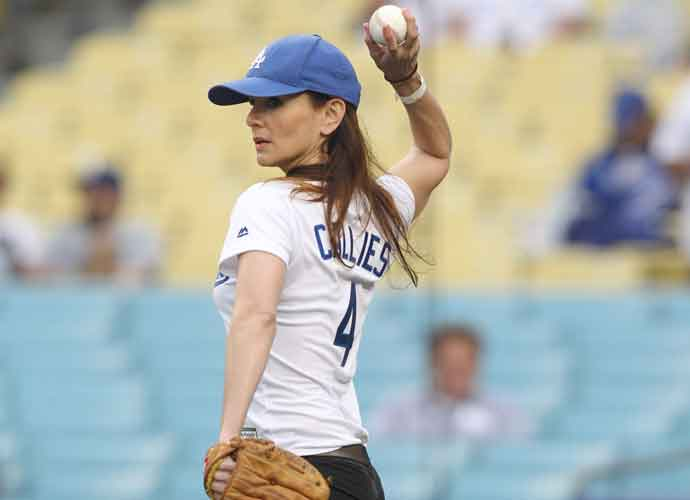 Sarah Wayne Callies Throws First Pitch At LA Dodgers Stadium