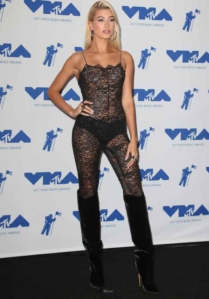 GET THE LOOK: Hailey Baldwin Sparkles In Sequins At MTV VMAs Sunday