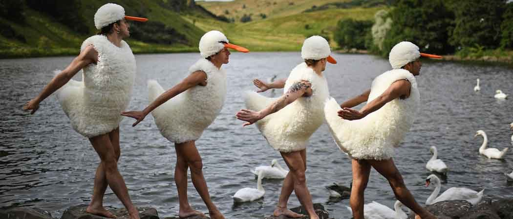 'Tutu' Dancers Perform 'Swan Lake' Spoof At Edinburgh Fringe Festival