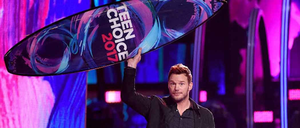 Teen Choice Awards Overshadowed By Charlottesville Violence [Full Winners List]
