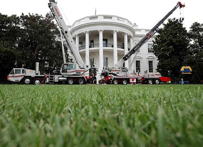 White House Undergoes Renovations While Donald Trump Is Away [PHOTOS]