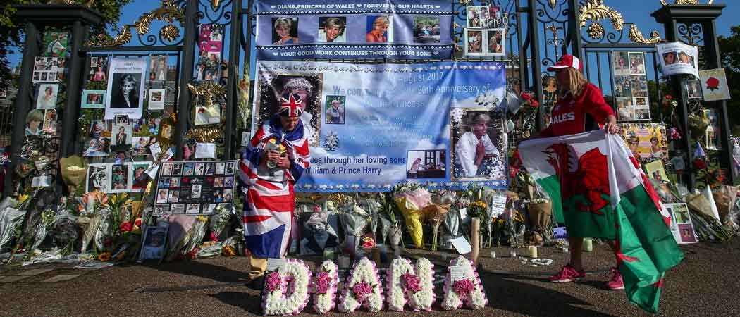 Flowers & Tributes Laid At Kensington Palace Gates On 20th Anniversary Of Princess Diana's Death
