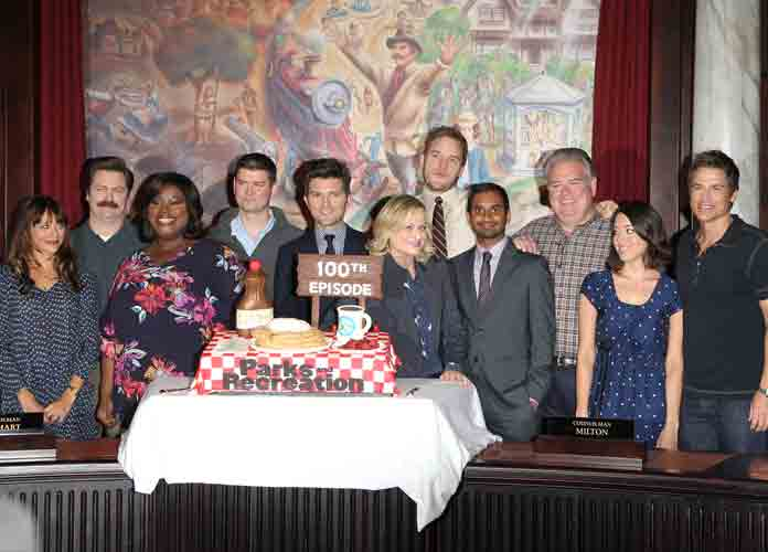 'Parks And Recreation' To Air Reunion Show On Leslie Knope's Struggles With Social Distancing