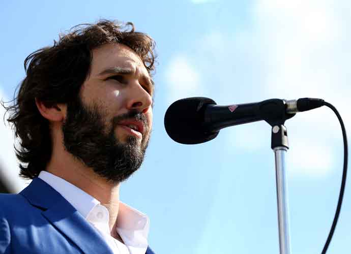 Josh Groban 2021 Concert Tickets On Sale Now! [Dates, Deals & Ticket Info]