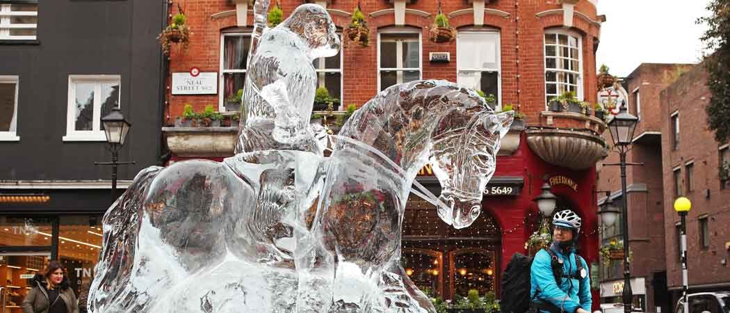 'War For The Planet Of The Apes' Ice Sculpture Hits London To Celebrate Blu-Ray Release